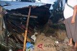 Pondasi bangunan longsor empat warga Sibolga tewas tertimbun