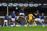 Everton menang 2-0 atas Palace berkat gol para pemain pengganti
