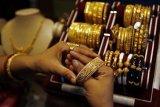 Harga perhiasan emas di Palembang cenderung stabil