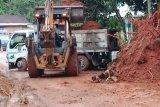 Seorang warga meninggal karena tertimbun tanah longsor