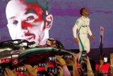 Lewis Hamilton incar