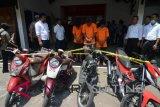 Tiga residivis curanmor di Touna ditangkap