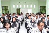 Pemkab-PGRI dialog, guru curhat pada Bupati Bantaeng