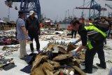 Roda pesawat Lion Air JT 610 ditemukan Tim SAR gabungan