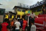 Tim Labfor selidiki penyebab terbakarnya kantor Golkar Palangka Raya