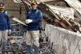 Polisi olah TKP kebakaran gedung Sasana Krida di Kantor Gubernur Papua