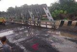 Tiga korban perahu terbalik di Way Kanan dievakuasi