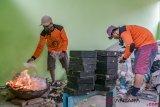 Inovasi Paving Dari Sampah Plastik