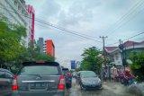 Air hujan genangi kawasan permukiman Palembang