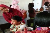 Realiasi imunisasi campak dan rubella di Lamandau melebihi target
