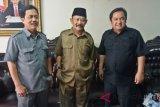 Poster Jokowi bermahkota sudah ditertibkan