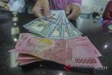 Rupiah masih melemah akibat pelemahan Yuan disebabkan rencana Trump