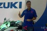 Gemar bermotor, Hamish Daud sempat punya Suzuki TS dan Crystal