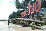 Pariaman terapkan sistem geotube atasi abrasi pantai Pulau Angso Duo