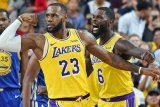 LeBron James memimpin Lakers tundukkan Suns