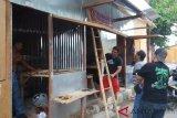 Sebagian pedagang Pasar Legi mulai tempati pasar darurat