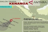 Siklon tropis Kenanga bergerak menjauh