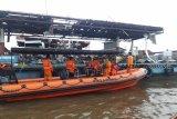 Basarnas: Korban hilang kapal terbakar belum ditemukan