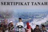 Presiden serahkan 4.000 sertifikat tanah warga Jabar