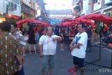 Jalan Merdeka macet akibat pemindahan Pasar Imlek