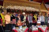 Pergelaran 'batagak penghulu' di Payakumbuh dihadiri Raja Alam Pagaruyuang