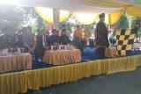 Bawaslu Makassar tertibkan APK Pemilu
