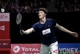 Akibat Shi Yu Qi cedera, Anders Antonsen melaju ke perempat-final