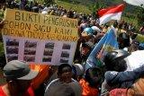 Petani Sagu Protes Perusahaan Sawit di Koltim