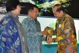 Kota Bitung menerima penghargaan Adipura periode 2017-2018