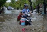 Hujan rendam puluhan rumah di Pasar Ambon Bandarlampung