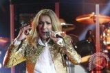Celine Dion tarik lagu kolaborasi dengan R Kelly