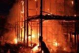 Sebuah rumah di Kelurahan Jambu ludes terbakar