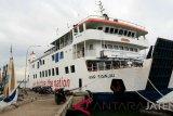 Kapal Jepara-Karimunjawa hentikan pelayaran