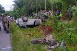 Mobil kadin PPPA tabrak ibu dan anak hingga tewas