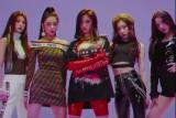 'Adik' dari TWICE resmi debut di industri K-pop