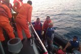 Mengapung 14 jam di laut, seorang nelayan ditemukan selamat