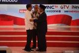 Tak usah debat saja kalau sedikit-sedikit dilaporkan, kata Jokowi