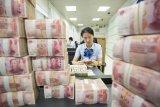 Yuan China terhadap dolar AS melemah 8 basis poin jadi 7,0091