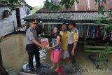 Polres Mesuji Bantu Korban Banjir