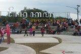 Ribuan orang berwisata di Taman Bendungan  Kamijoro (video)