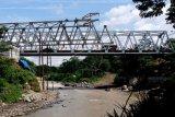 Rekonstruksi jembatan Progo