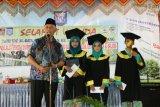 Wali Kota Padang beri hadiah siswa penghafal Al Quran