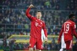 Lewandowski ini pimpin daftar top skor Liga Jerman