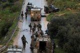 Jalan pertanian di desa Ramallah ditutup Israel