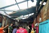 Puting beliung terjang delapan rumah di Padang Pariaman