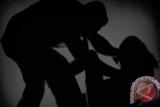 Seorang gadis korban pemerkosaan dapat dampingan psikolog