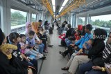 Pegawai di Palembang mulai gunakan LRT