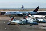 Penumpang mengaku terkena,  jet Kanada terpaksa kembali ke bandara