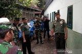 Wasev TNI cek pembangunan Huntara Lombok