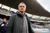 Mourinho tolak latih Lyon